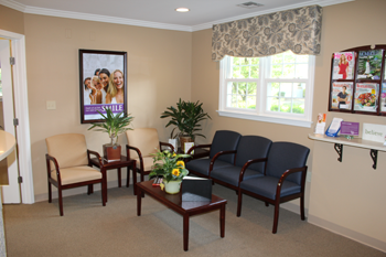 DeForte Dentistry Waiting Room Lincroft, NJ